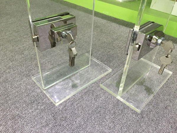 commercial glass door locks brass bathroom glass door lock SAHARA Glass HARDWARE